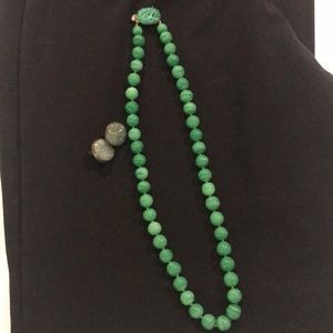 Antique jade necklace with earrings